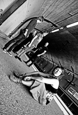 ShamRain pour l'album ''Isolation''